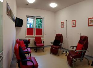 Centrum Leczenia SM Ośrodek Badań Klinicznych - pokój dziennego pobytu w skrzydle zachodnim