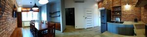 Ośrodek Badań Klinicznych - pokój monitorów badań klinicznych - widok 2
